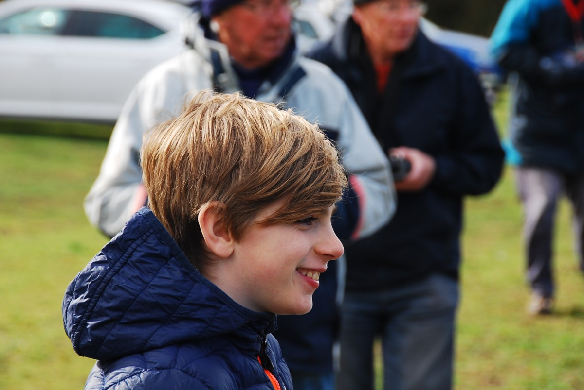 9-year-old's pleasure at seeing his ZOOM going so fast downwind