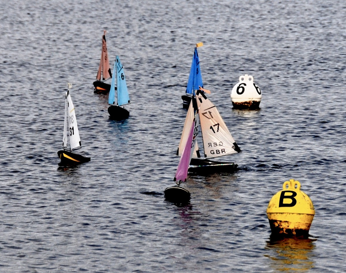 FRED'S BIG TOEPHY Sunday 2nd February, at Guildford Model Yacht Club.